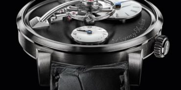 The LM101 houses the very first movement developed entirely in-house by MB&F