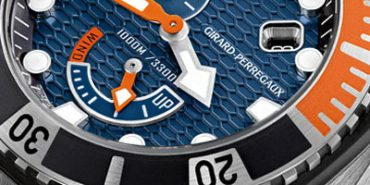 The Sea Hawk is eqipped with Girard-Perregaux's in-house GP03300 self-winding mechanical movement