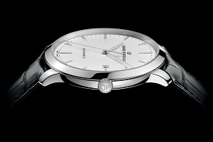 The Girard-Perregaux 1966 in stainless steel has a slightly redesigned dial and hands for a more modern look.